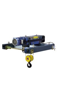 Electric wire rope hoist in configuration wita double girder