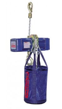 Electric chain hoist - climbing execution